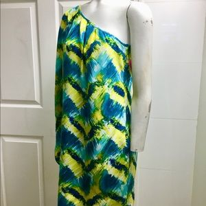 Trina Turk Dresses - Trina Turk silk one shoulder dress size 4